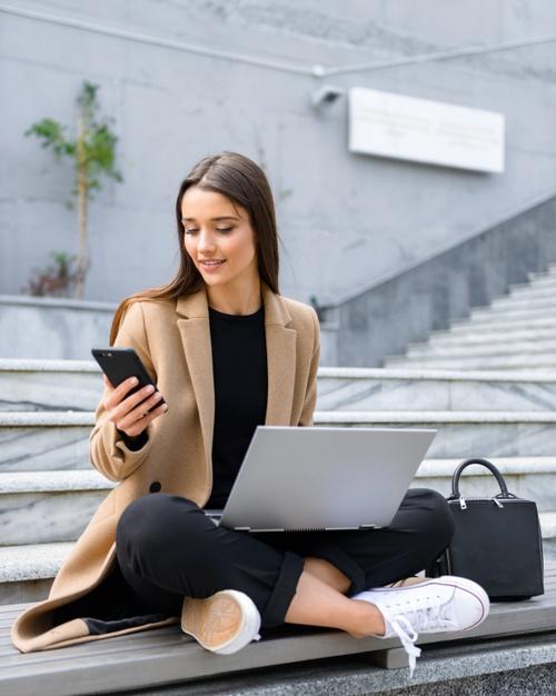ความสำคัญของการนำเทคโนโลยีเข้ามาประยุกต์ใช้ในการทำธุรกิจ